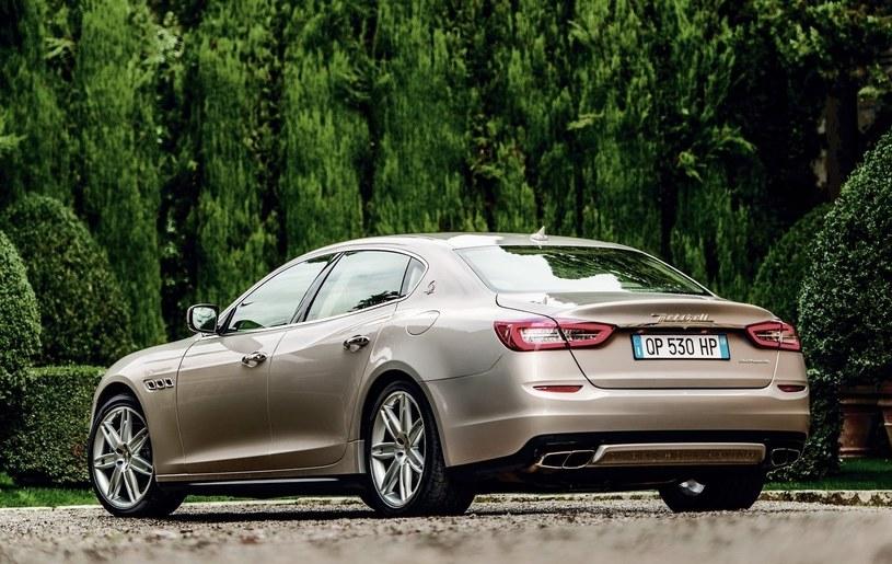 Maserati Quattroporte /