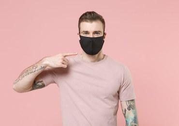 'Mask Mouth', czyli do czego może doprowadzić noszenie brudnej maseczki