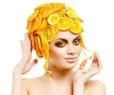 Maska na włosy przeciw ich wypadaniu - jak zrobić?