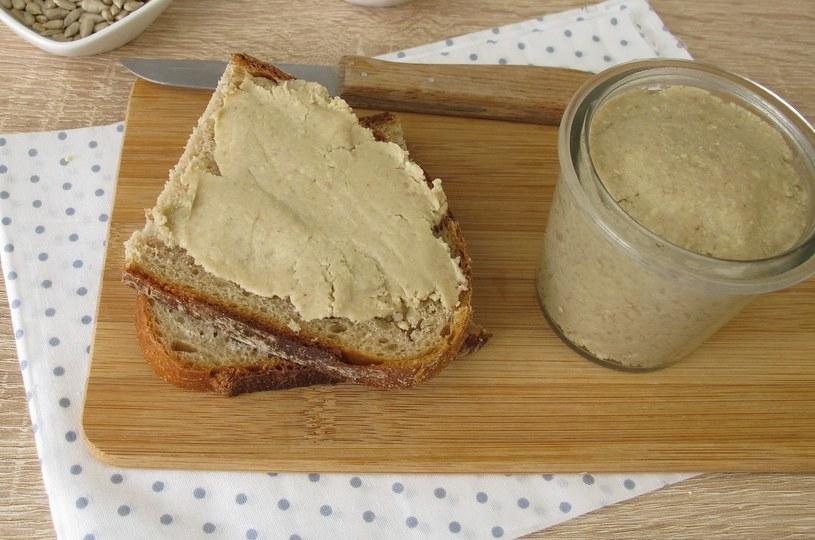 Masło z pestek słonecznika /123RF/PICSEL