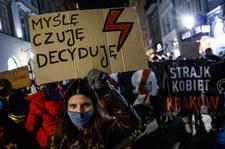 Masowe protesty po orzeczeniu TK o aborcji. Prof. Chwedoruk: Nie ma miejsca na kompromis