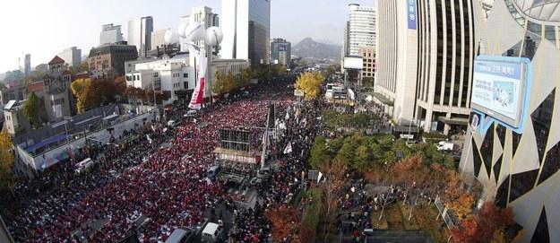 Masowe protesty w Seulu. Koreańczycy chcą dymisji prezydent