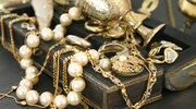 Masywna biżuteria odchodzi do lamusa