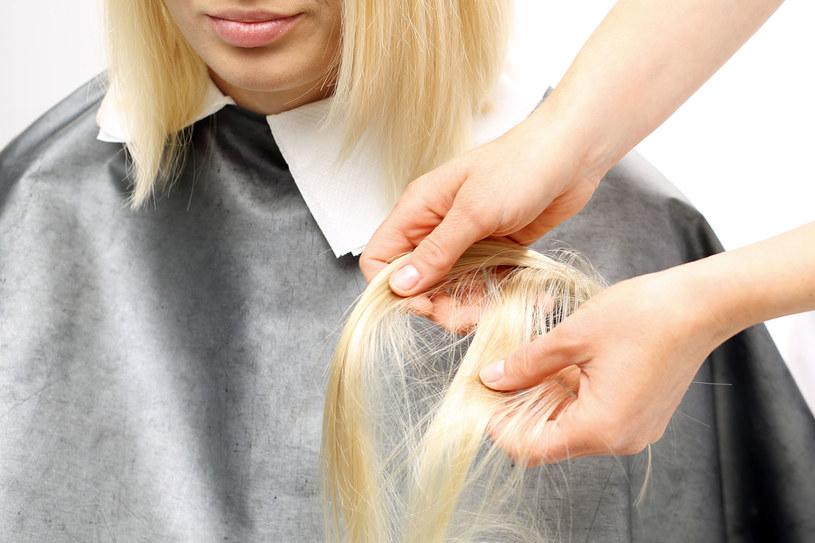 Masz brzydką fryzurę? To ją uratuje /123RF/PICSEL