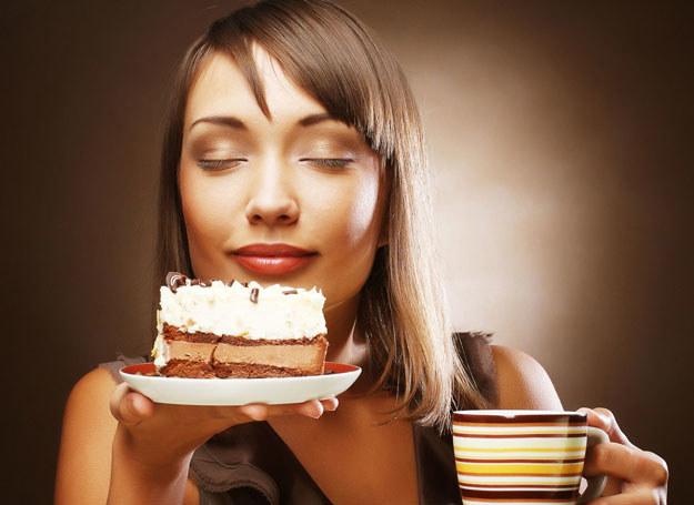 Masz ciągle ochotę na słodycze? To nie musi być łakomstwo... /123RF/PICSEL