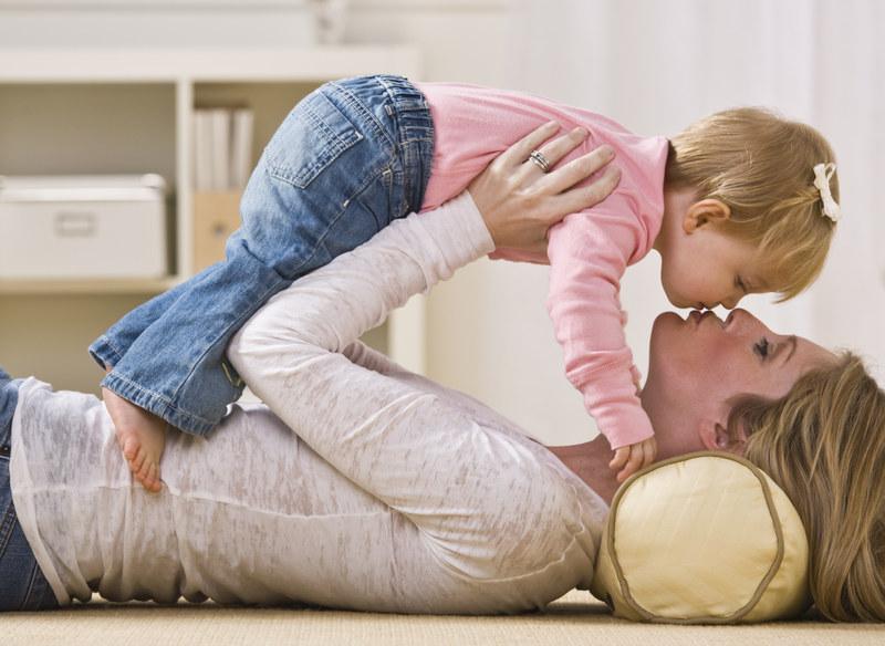 Matce opłaci się brak zatrudnienia. Nawet 1700 zł dla bezrobotnego rodzica /© Panthermedia