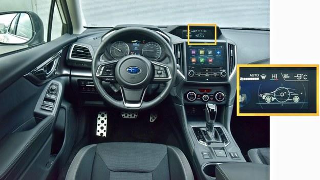 Materiały wykończeniowe są bardzo dobre, ale do ergonomii czy nadmiaru wyświetlaczy można mieć zastrzeżenia. Wzorem aut terenowych, na centralnym wyświetlaczu można odczytać przechyły nadwozia. /Motor