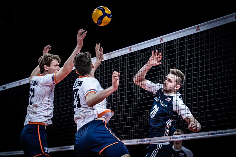 Mateusz Bieniek w meczu z Holandią. Fot. FIVB /