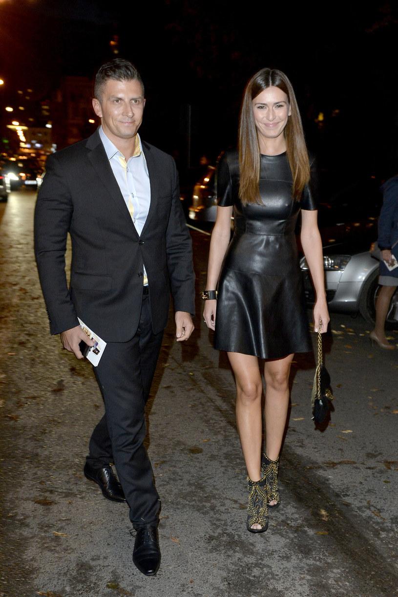 Mateusz Borek z żoną /AKPA