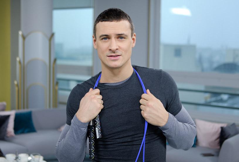 Mateusz Damięcki zdradził, że tęskni za teatrem /Bartosz Krupa /East News