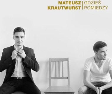 """Mateusz Krautwurst na krawędzi snu (teledysk """"Gdzieś pomiędzy"""")"""