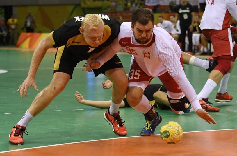 Mateusz Kus (z prawej) w meczu z Niemcami o brąz IO w Rio /PAP/EPA