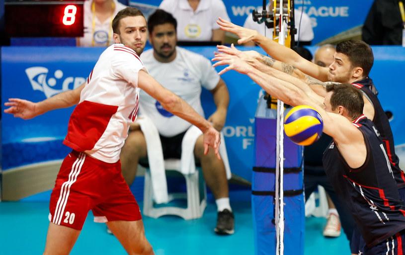 Mateusz Mika w meczu z USA /www.fivb.org