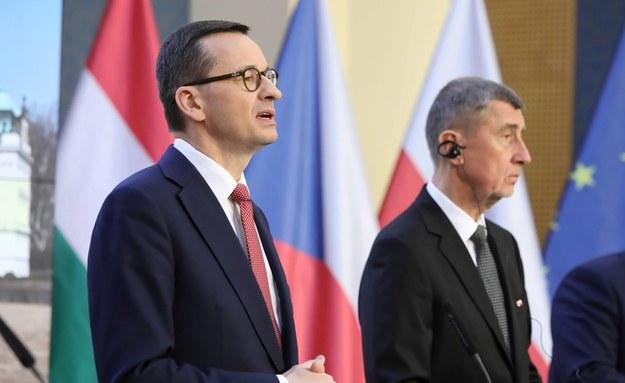 Mateusz Morawiecki i Andrej Babisz / Leszek Szymański    /PAP
