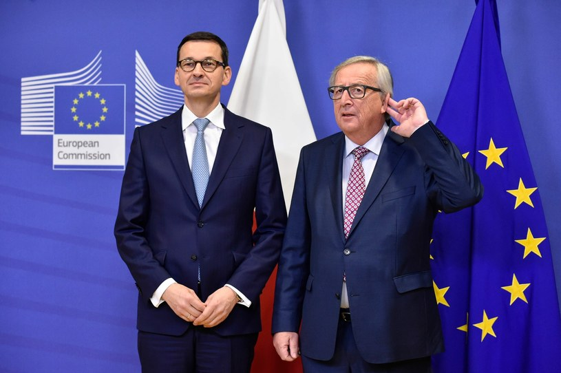Mateusz Morawiecki i Jean-Claude Juncker /AFP PHOTO / JOHN THYS /East News