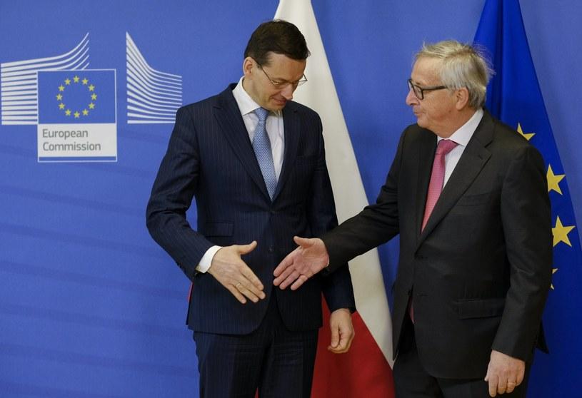 Mateusz Morawiecki i Jean-Claude Juncker /OLIVIER HOSLET /PAP/EPA