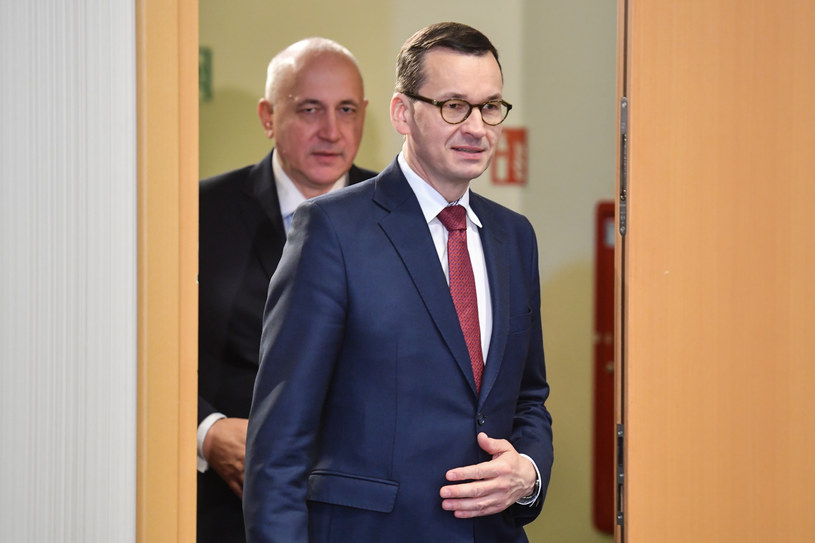 Mateusz Morawiecki i Joachim Brudziński /Jacek Dominski/ /Reporter