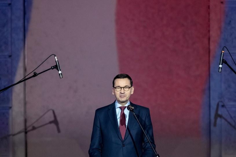 Mateusz Morawiecki w Pradze: W 1989 roku spełniły się nasze marzenia o wolności i demokracji /Martin Divisek /PAP/EPA