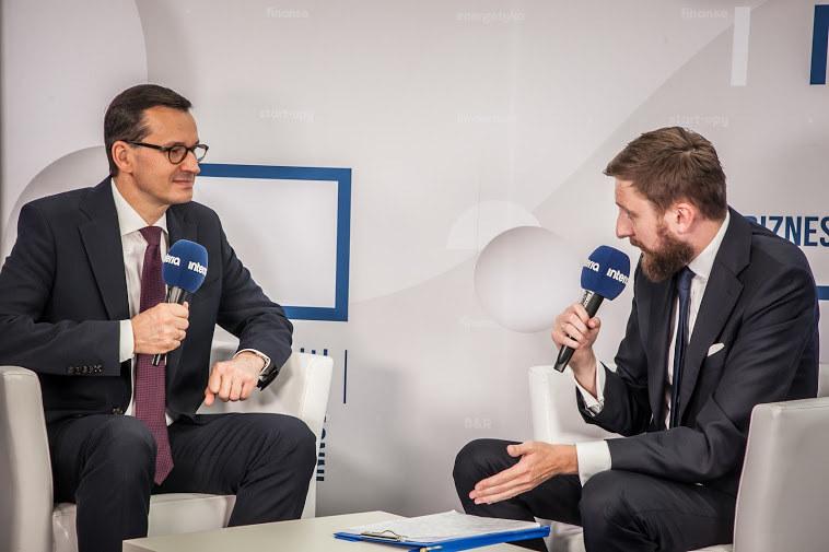 Mateusz Morawiecki w rozmowie z Bartoszem Bednarzem /INTERIA.PL