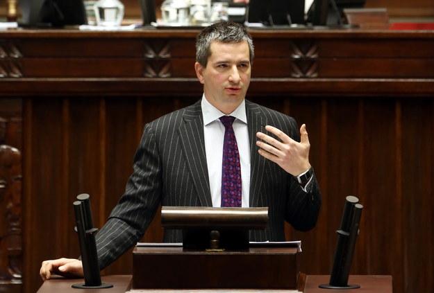 Mateusz Szczurek podczas debaty o rządowym projekcie ustawy budżetowej na przyszły rok /Tomasz Gzell /PAP