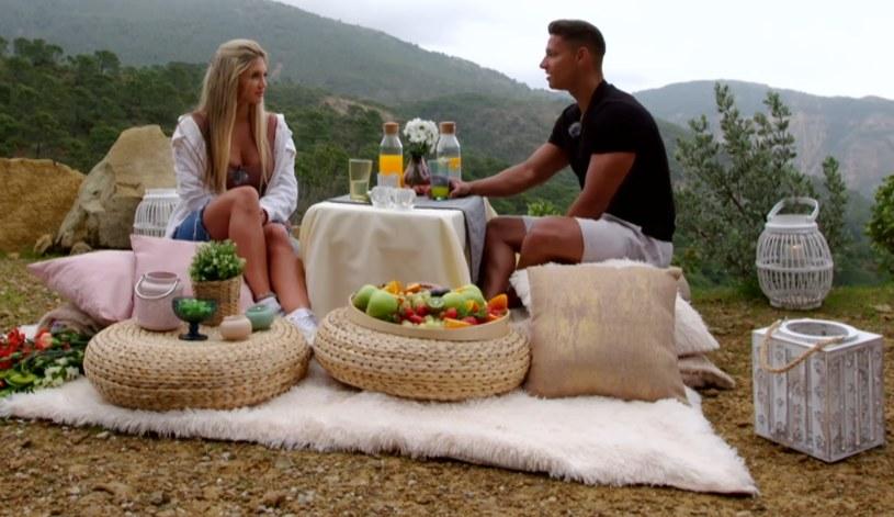 Mateusz zapytał Caroline, czy zostanie jego dziewczyną! /Polsat /Polsat
