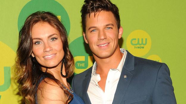 """Matt i Angela zostali parą w 2009 r. Wtedy aktor pracował na planie 1. sezonu """"90210"""". W maju 2012 r. na palcu 27-letniej Stacy znalazł się zaręczynowy pierścionek z 4,2–karatowym diamentem. A kim jest wybranka serialowego Liama? - Kocham Jezusa, a także interesuje się modą - mówi o sobie świeżo upieczona pani Lanter. /Ben Gabbe /Getty Images"""