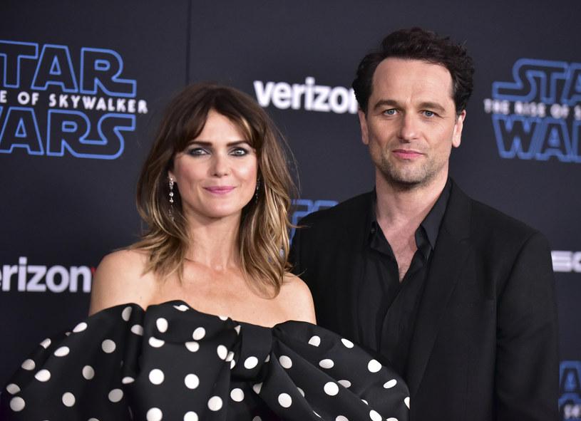 """Matthew Rhys z żoną, Keri Russell, na premierze filmu """"Gwiezdne wojny: Skywalker. Odrodzenie"""" /Rodin Eckenroth/WireImage /Getty Images"""