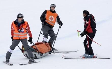 Matthias Lanzinger tuż po tragicznym wypadku /AFP
