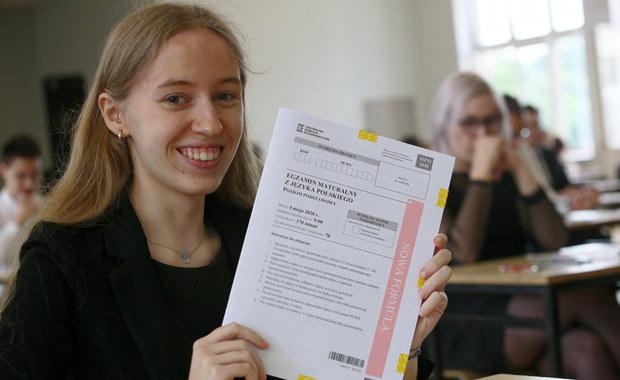 """Matura 2020. """"Wesele"""" Wyspiańskiego i wiersz Kamieńskiej na egzaminie z języka polskiego"""