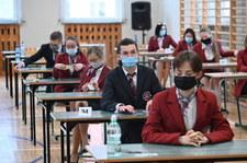 Matura 2021: Dziś egzamin z języka polskiego na poziomie rozszerzonym