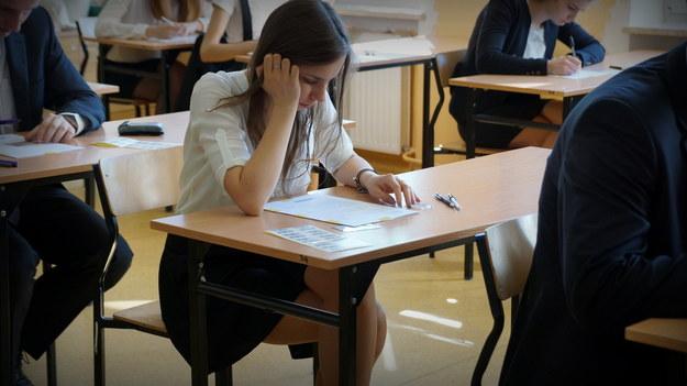 Maturzystka przed rozpoczęciem egzaminu /Archiwum RMF FM