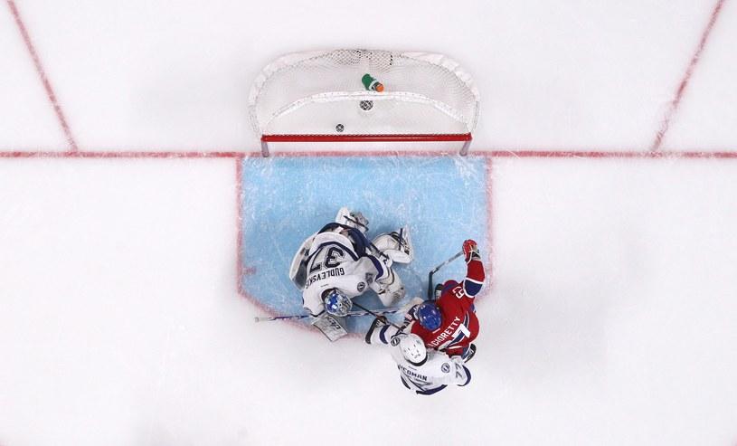 Max Pacioretty strzela zwycięskiego gola dla Montreal Canadiens /AFP
