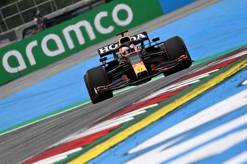 Max Verstappen jest obecnie liderem klasyfikacji generalnej Formuły 1 /AFP