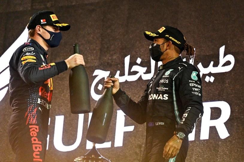 Max Verstappen (z lewej) i Lewis Hamilton /AFP