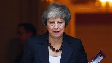 May: Rząd poparł wstępny tekst umowy ws. Brexitu