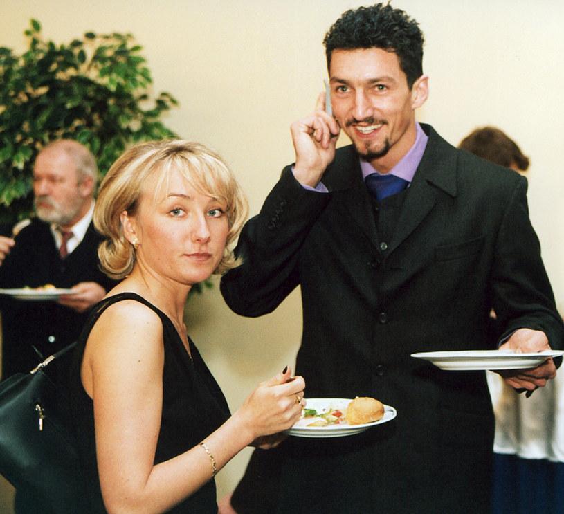 """Mąż był Grzegorzem zafascynowany. Spędzali razem bardzo dużo czasu. Setki SMS-ów, wyjazdy z domu o godz. 8 i powroty o 23. Grzesio to, Grzesio tamto - opowiada Iwona Dudek na łamach """"Super Expressu"""" /Niemiec /AKPA"""