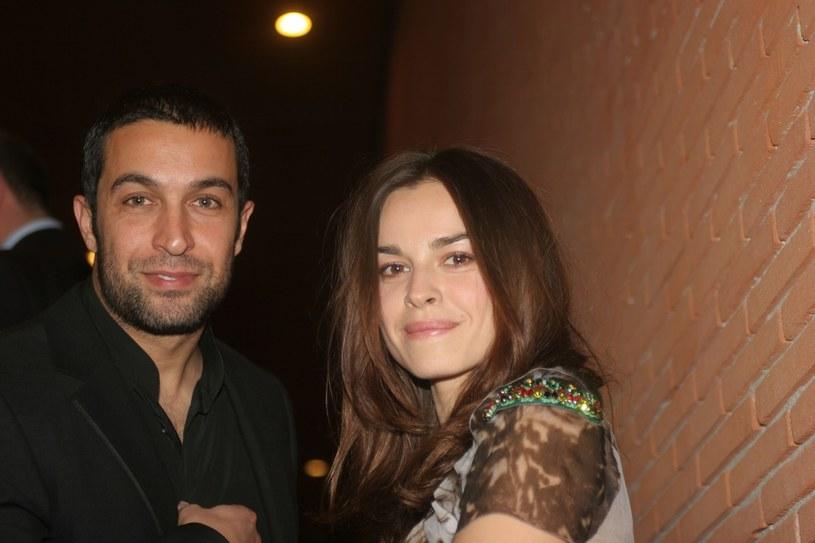 Mąż gwiazdy, Pietro Taricone (†35) zmarł po feralnym skoku ze spadochronem w 2010 roku. Aktorka miała skakać zaraz po nim... Wypadek rozegrał się na jej oczach /EmmeVi Photo /East News