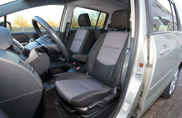 mazda 5 fotele /Motor