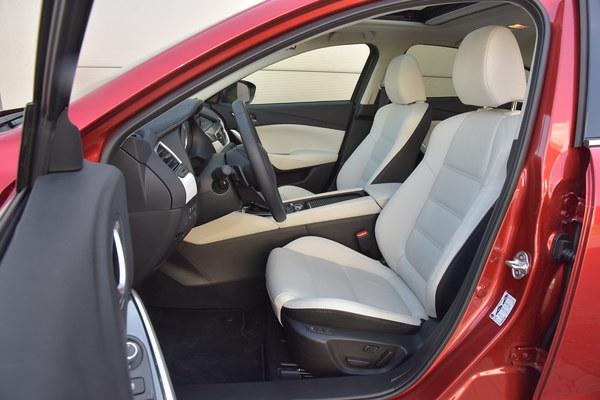 Mazda 6 2.2 SkyActiv-D 175 6AT, Volkswagen Passat 2.0 TDI 190 DSG
