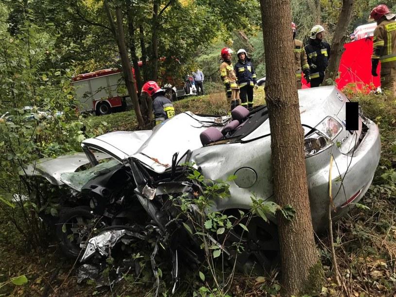 Mazda 6 została całkowicie zniszczona /Policja