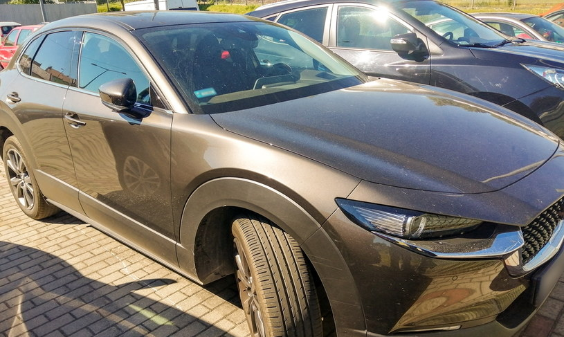 Mazda CX-30, która okazała się kradziona /Policja