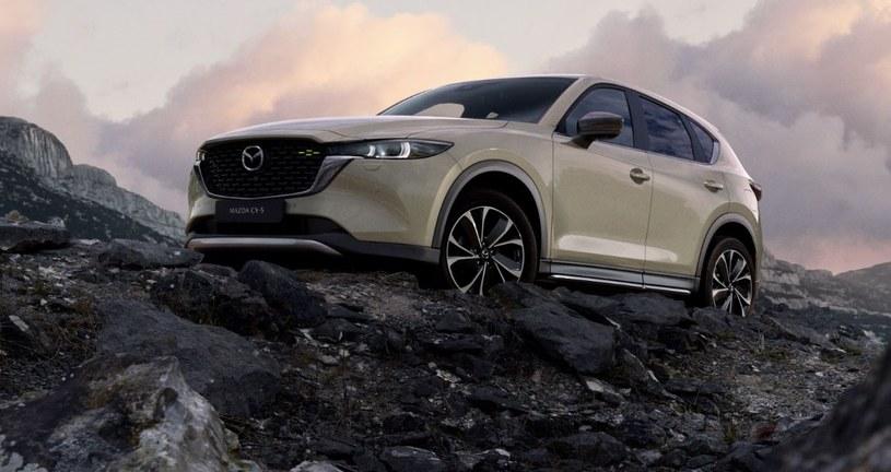 Mazda CX-5 /