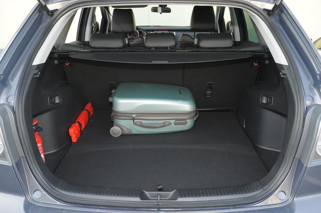 mazda cx-7 bagażnik /Motor