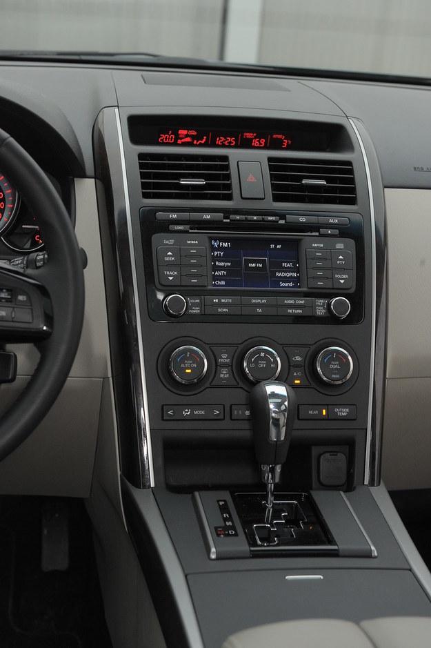 mazda cx-9 konsola środkowa /Motor