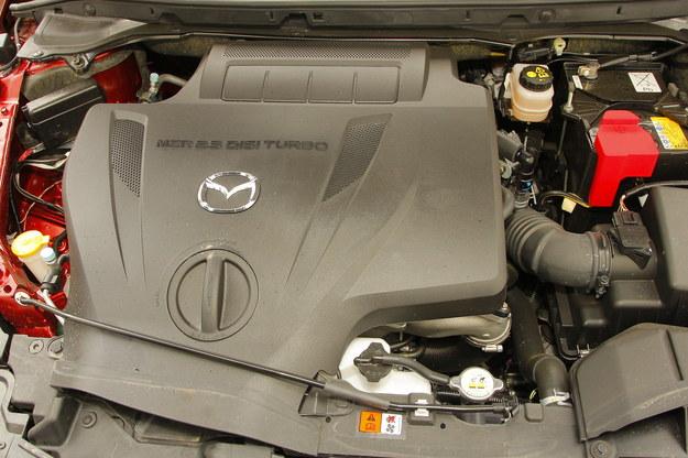 MAZDA Silnik 2.3 DISI ma bezpośredni wtrysk benzyny i w zasadzie nie nadaje się do zasilania LPG. Szkoda, bo pali jak smok. /Motor