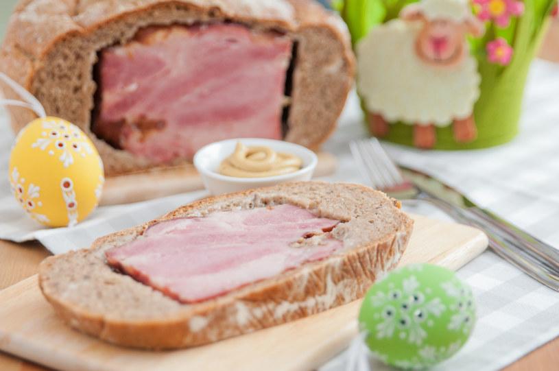 Mazowiecka szynka w pszennym chlebie /123RF/PICSEL