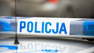 Mazowieckie: Auto wypadło z ronda, w środku trzech pijanych