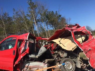 Mazowieckie: Tragiczny wypadek z udziałem busa, zginęło pięć osób