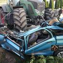 Mazowieckie: Tragiczny wypadek z udziałem ciągnika rolniczego i osobowego citroena