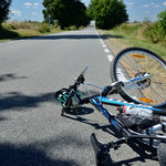 Mazowsze: Śmiertelnie potrącił rowerzystę i uciekł z miejsca zdarzenia. Miał 1,5 promila